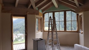 B14 wooden beams, alcove seating & balcony - 2 beds